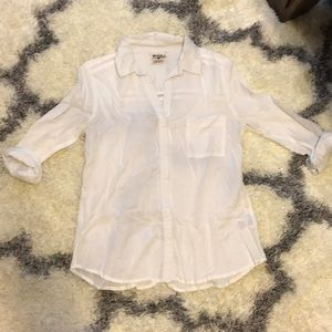 Tops - Classic white collared shirt
